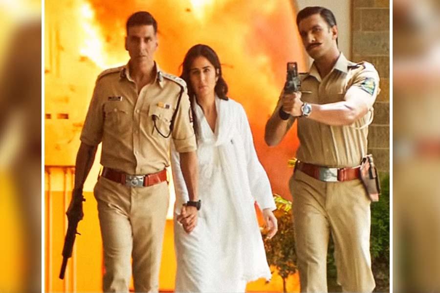 Akshay Kumar sooryavanshi release date Ranveer Singh